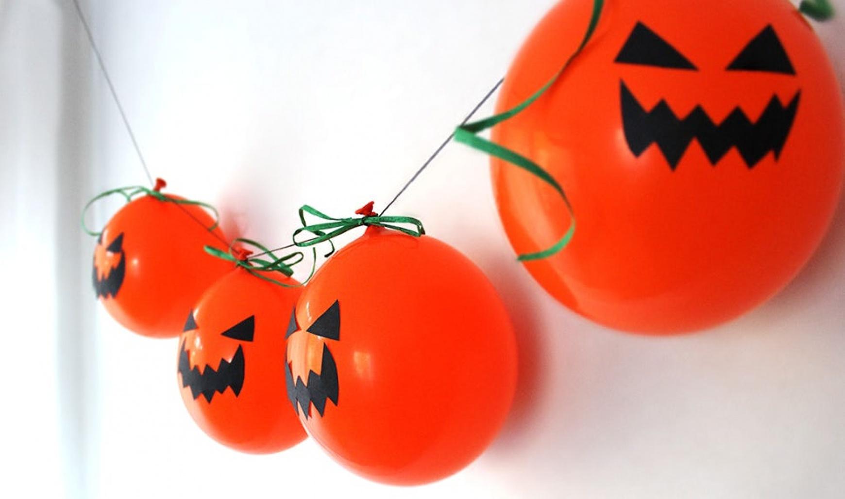 Decoratiuni cu baloane de Halloween