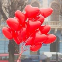 buchet baloane cu heliu inima, baloane inima rosii, baloane din latex inima, baloane inima cluj, buchete baloane cu heliu cluj
