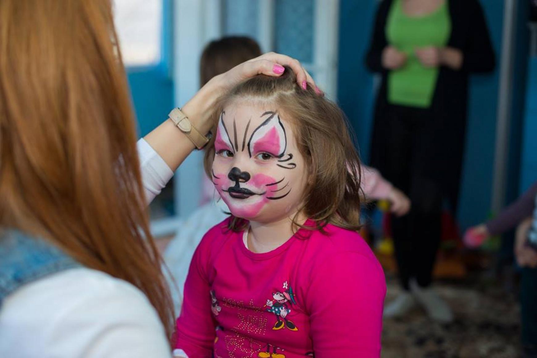 Picturi pe fata copii la petreceri aniversare
