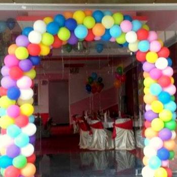 Arcade din baloane
