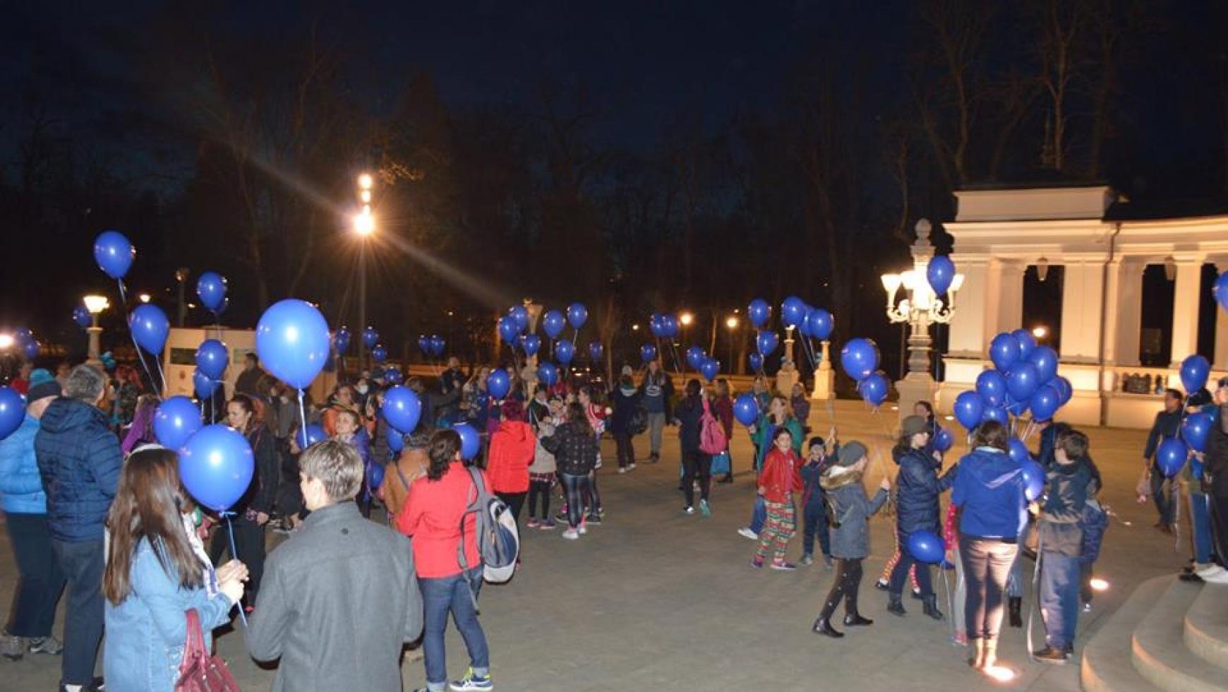 Baloane cu heliu – Albastru pentru autism