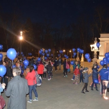 baloane cu heliu, albastru pentru autism