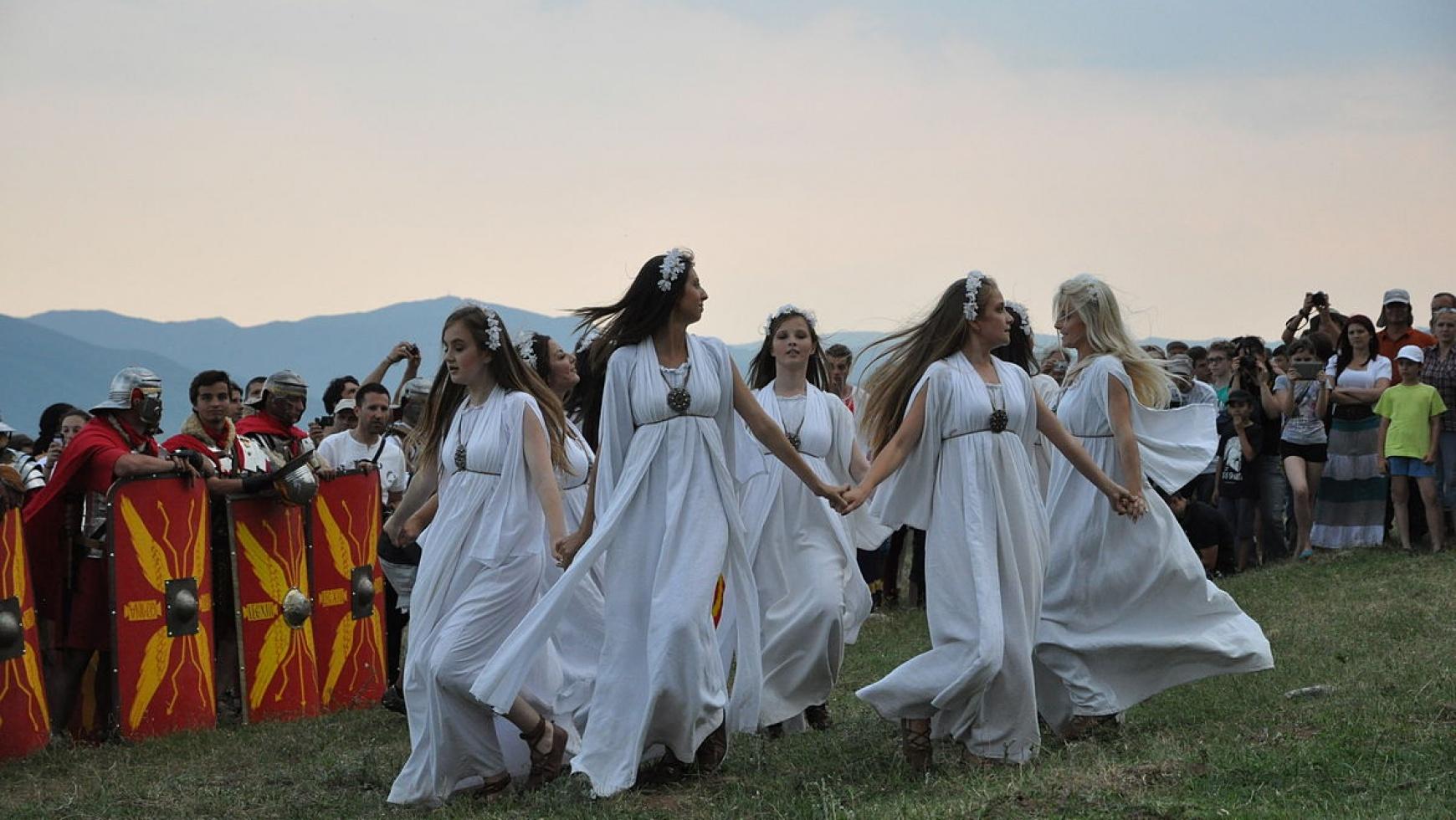 Ursitoare Traditionale Sanziene